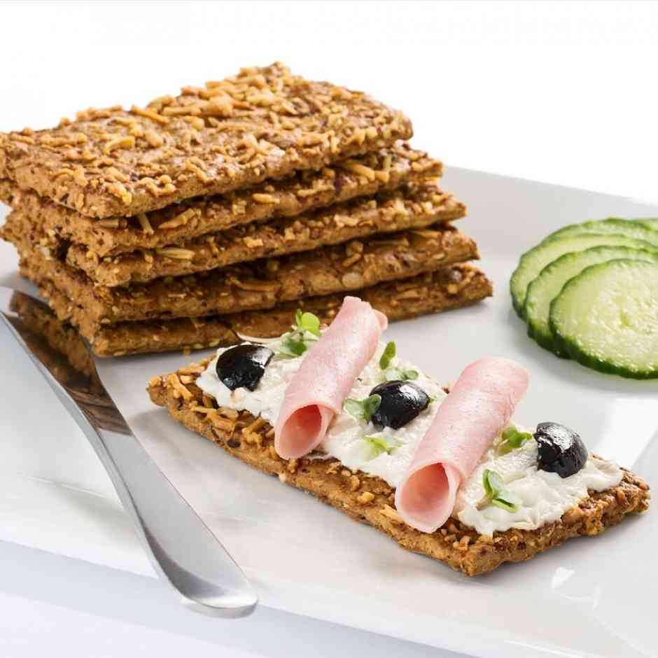 Diet Crackers (10) - Mature Cheese - High ProteinMature Cheese